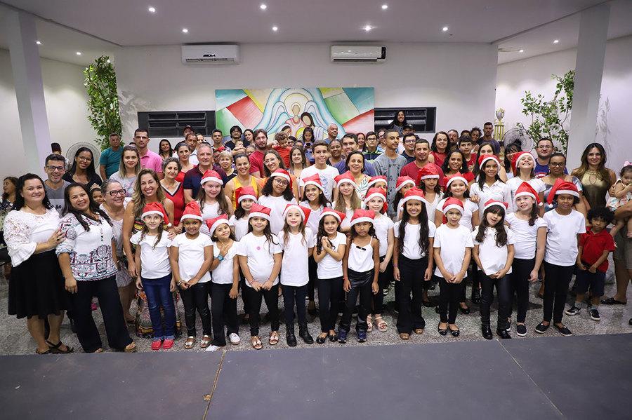 Nova Andradina - Recital dos alunos de canto da Funac emociona público presente - Nova News