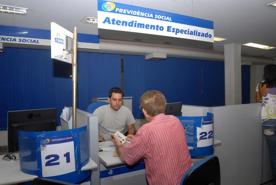Center inss 090107 elza fiuza.abr