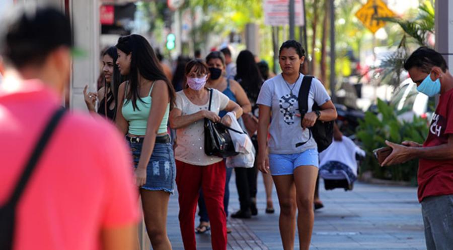 Center rua povo fila foto chico ribeiro 9