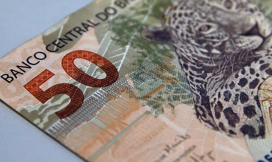 Center real moeda 50 reais020120a84t47165203