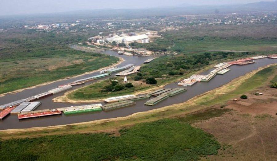 Center embarca es encalhadas no canal do tamengo 768x425 730x425